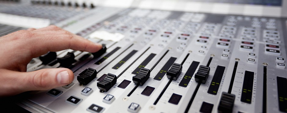 audio940x450